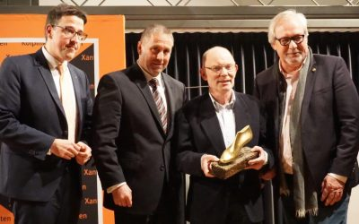 """Theo Geenen erhält den ersten """"Goldenen Leisten"""""""